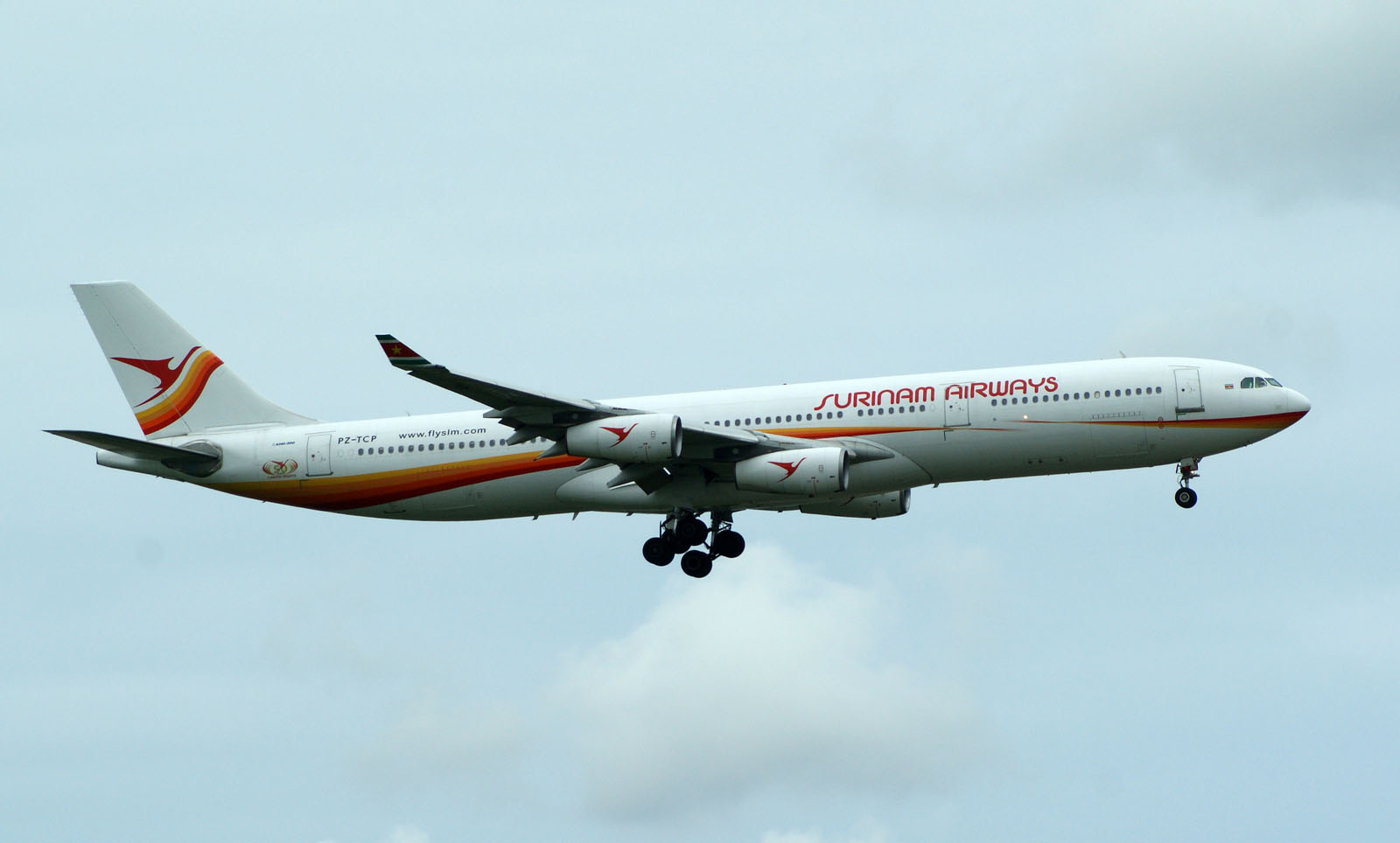 Airbus A340-311 PZ-TCP Surinam Airways