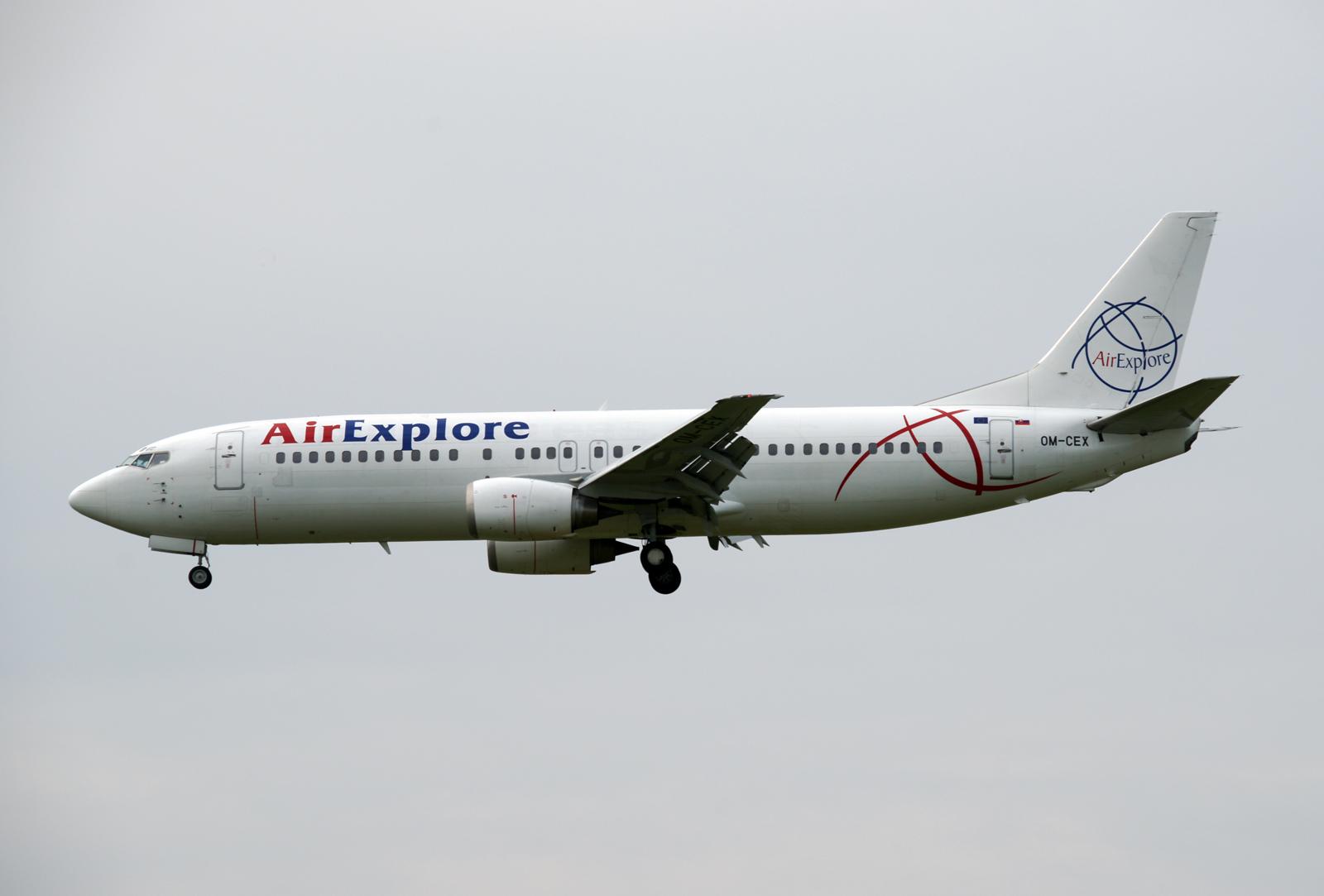 Boeing 737-800 OM-CEX Air Explore