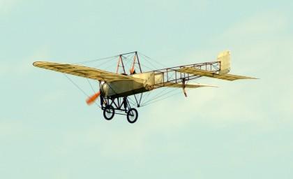 Bleriot XI-2 (replica) F-AZPG Pegoud