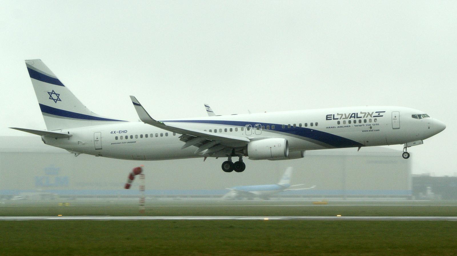 Boeing 737-958ER 4X-EHD El Al Israel Airlines