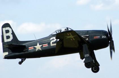Grumman F8F-2P Bearcat G-RUMM/121714/B-201