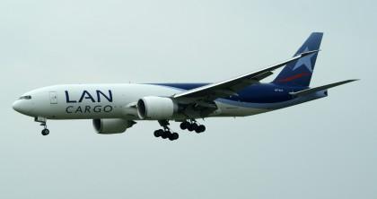 Boeing 777F N772LA LAN Cargo.JPG
