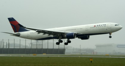 Airbus A330-323 N815NW Delta Airlines