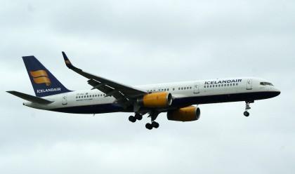 Boeing 757-208 TF-FIJ Icelandair