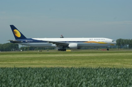 Boeing 777-35RER VT-JEW Jet Airways