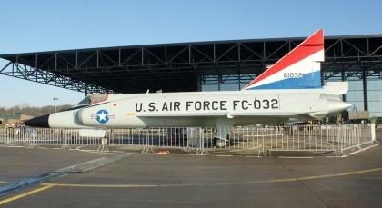 Convair F-102A Delta Dagger 56-1032/FC-032 32ndFS USAF