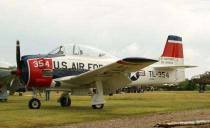 North American T-28B Trojan N1328B/55-138354/TL-354